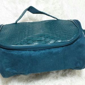 Vintage Carry-All Make-Up/Accessories Case